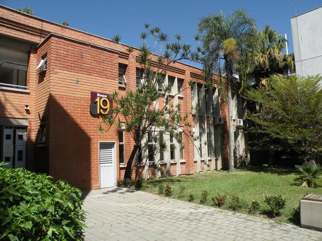 Universidad nacional de colombia sede medellin for Ubicacion de las oficinas